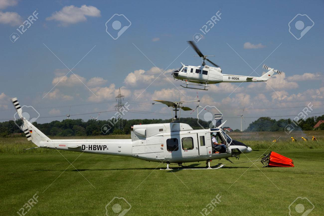 Elicottero 205 : Ahlen germany jun bell and bell huey