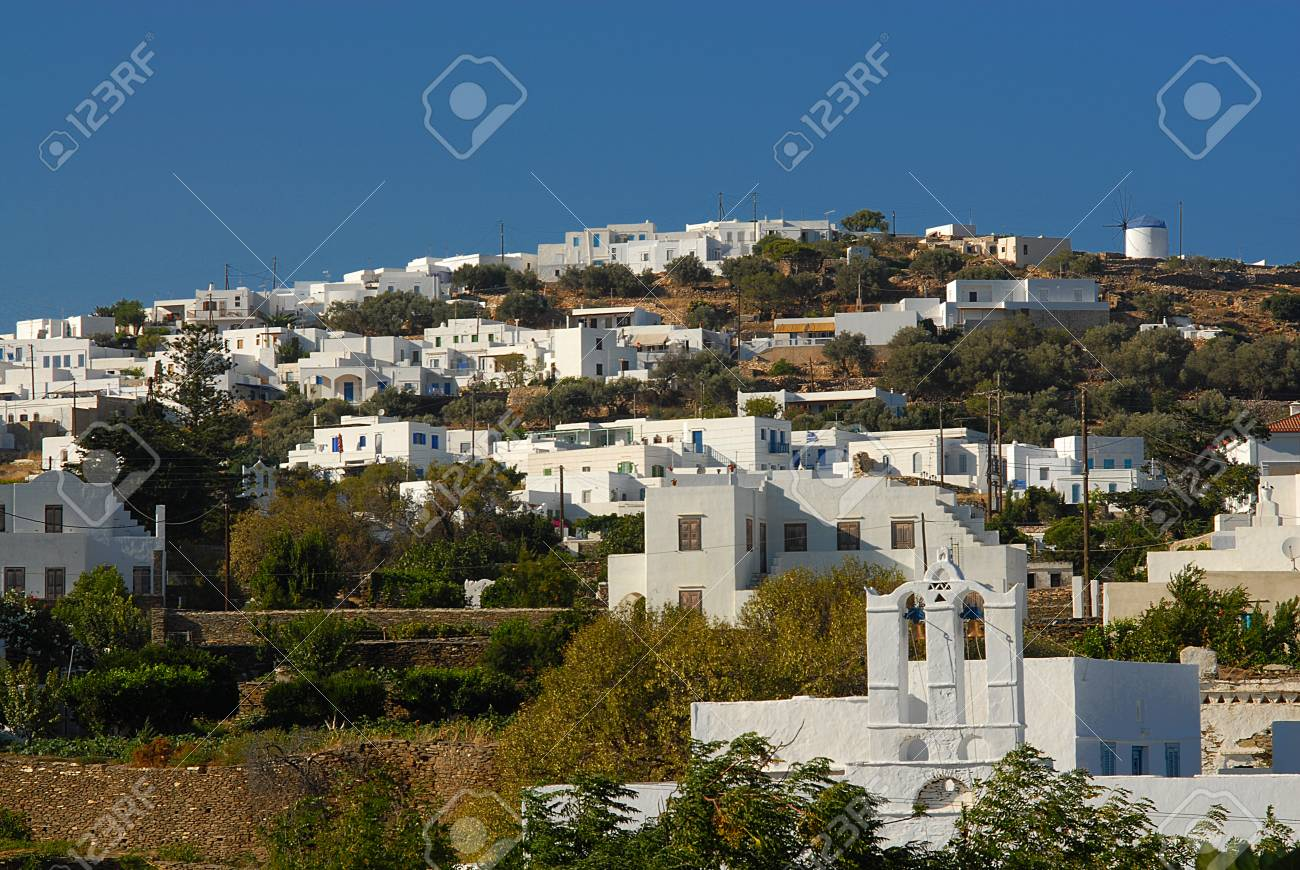 Banco De Imagens   Fascinates With Its Beautiful Architecture And The White  Washed Houses   Sifnos Cyclades