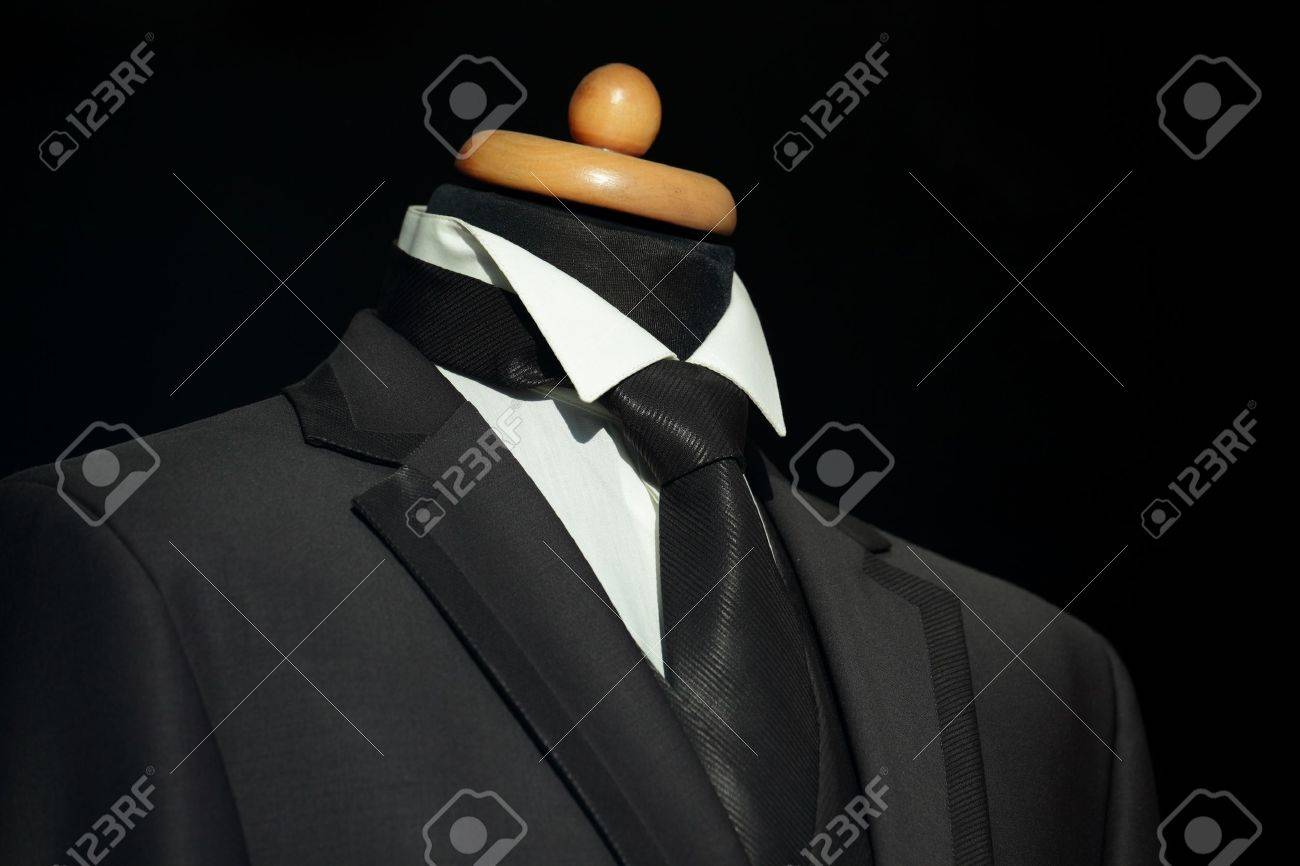 Elegant  suit and tie for businessman Stock Photo - 11038233