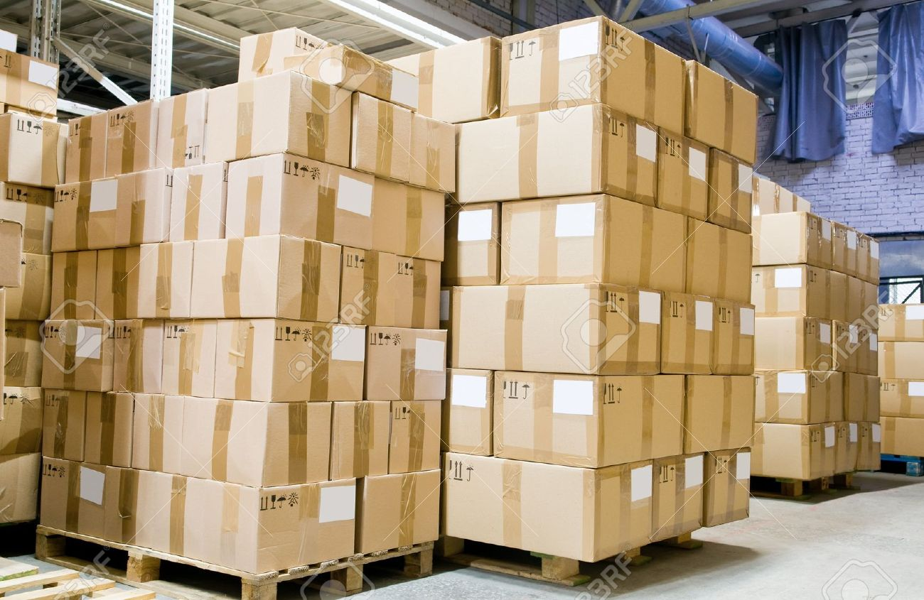 rack stack arrangement of cardboard boxes in a store warehouse stock rh 123rf com warehouse boxes uk warehouse boxes collapse