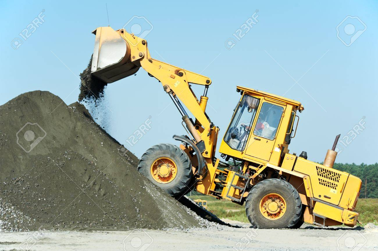 heavy construction loader Stock Photo - 10466299