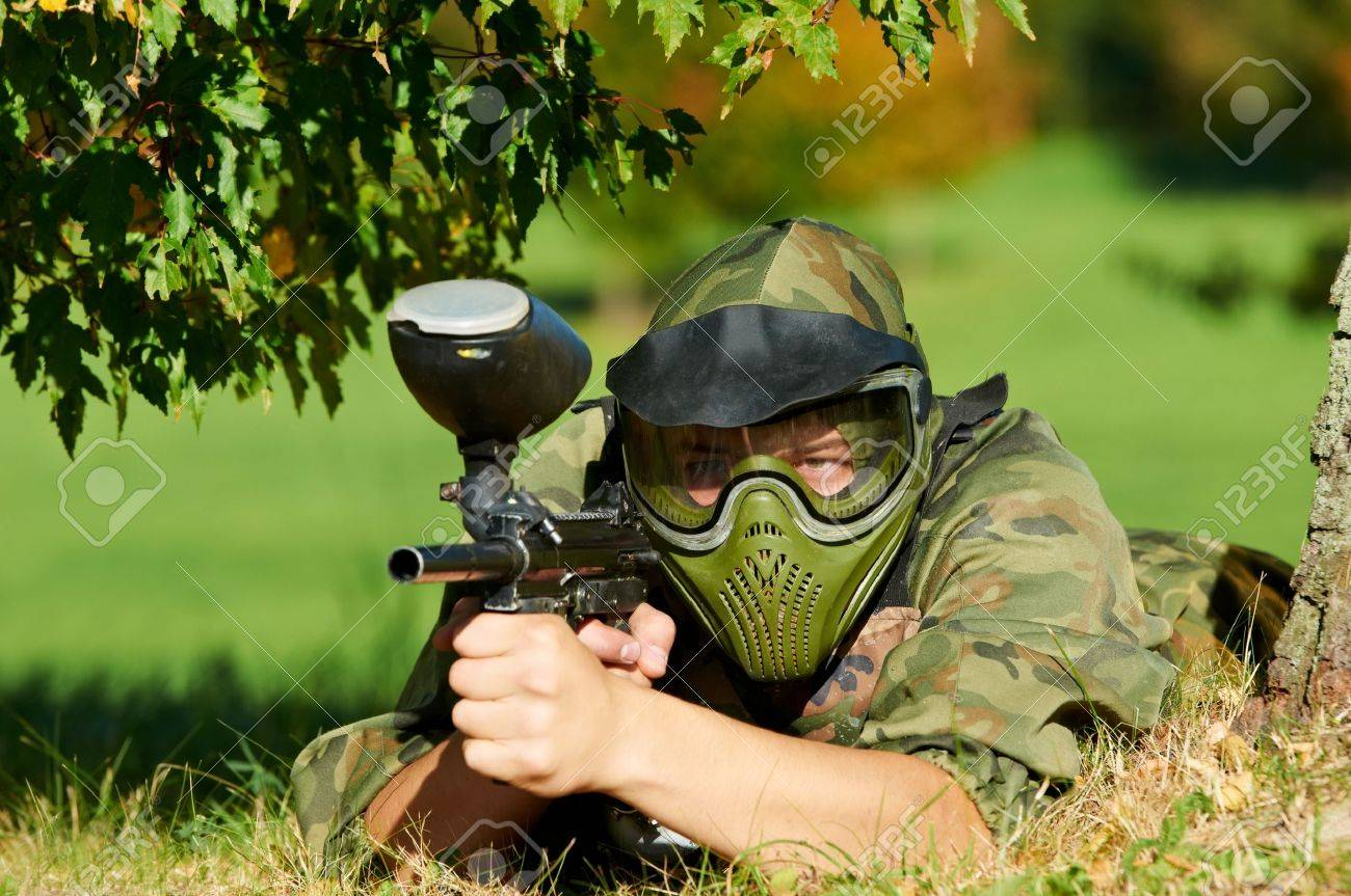 paintball player Stock Photo - 10668912