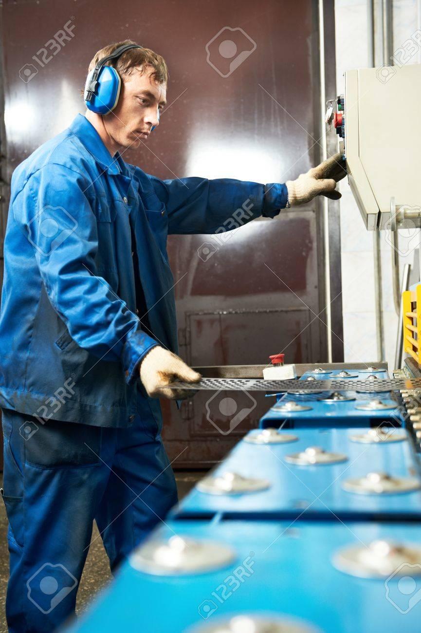 worker operating guillotine shears machine Stock Photo - 18123639