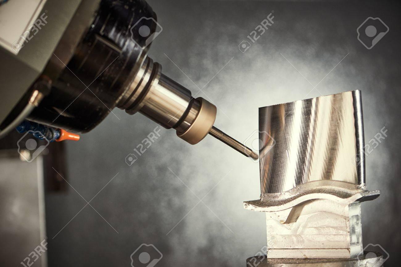 Frasen Schneiden Metall Prozess Prazisions Industrielle Cnc