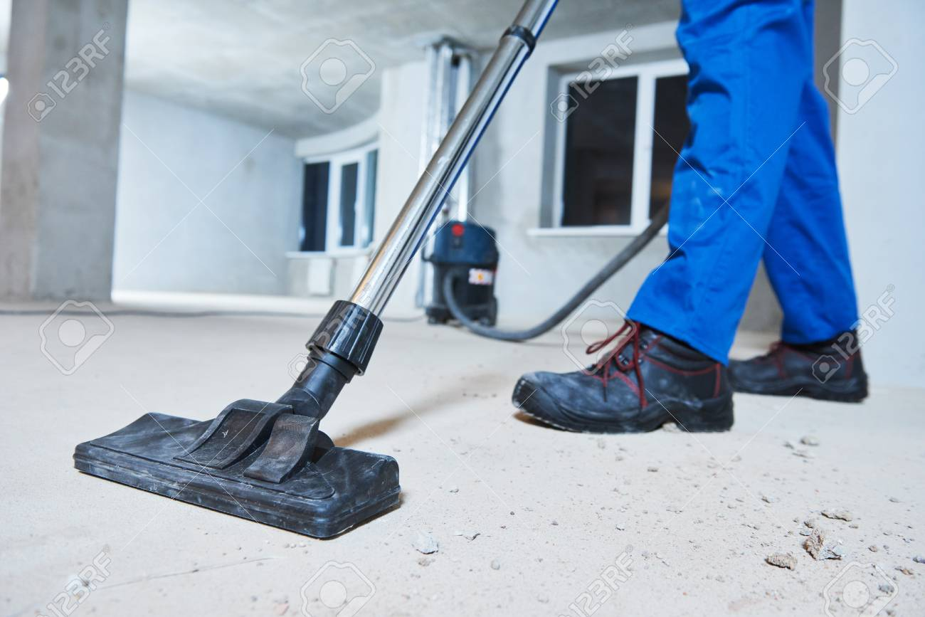 Cleaning service. dust removal with vacuum cleaner - 92103466