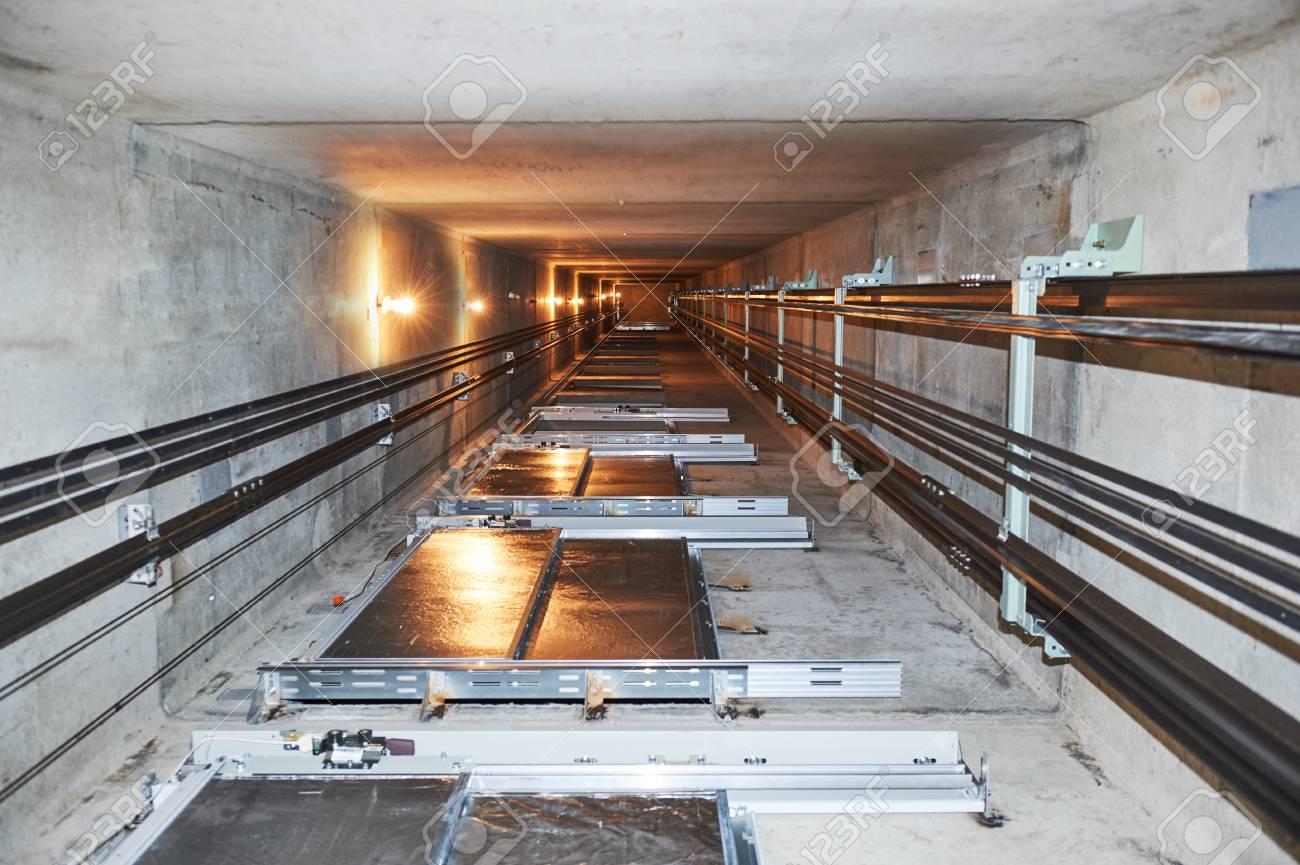 elevator in lift shaft - 92196678
