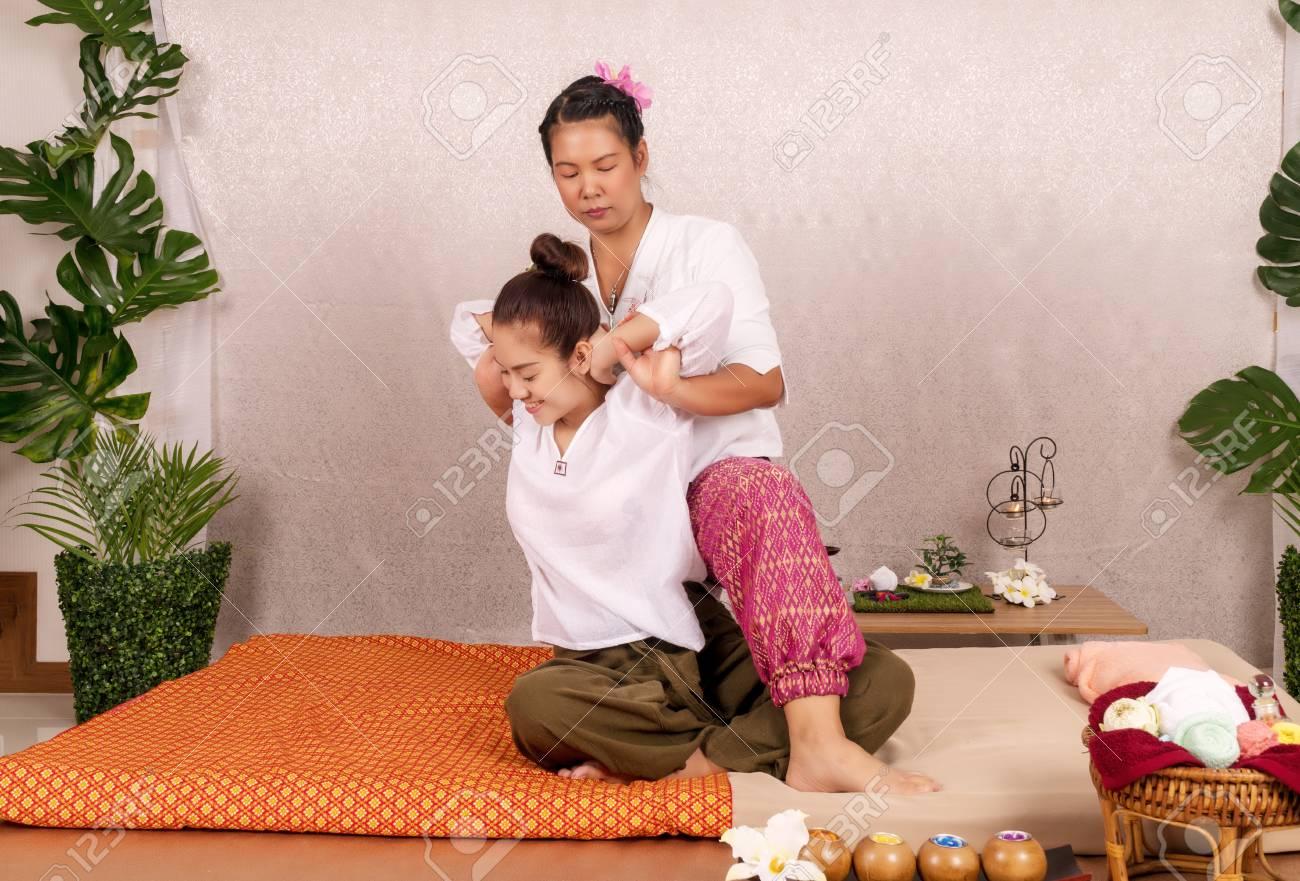thai girl massage