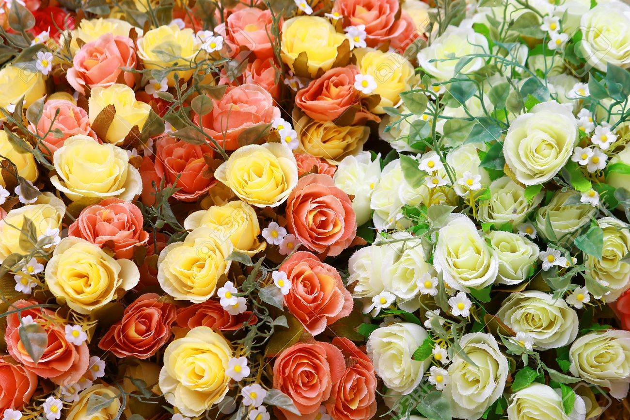 Colorful bouquet of artificial rose flowers for background or greeting card Stock Photo - 15136287