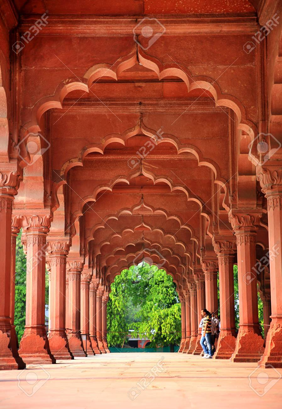 Majestic facade of Red Fort - 23485063