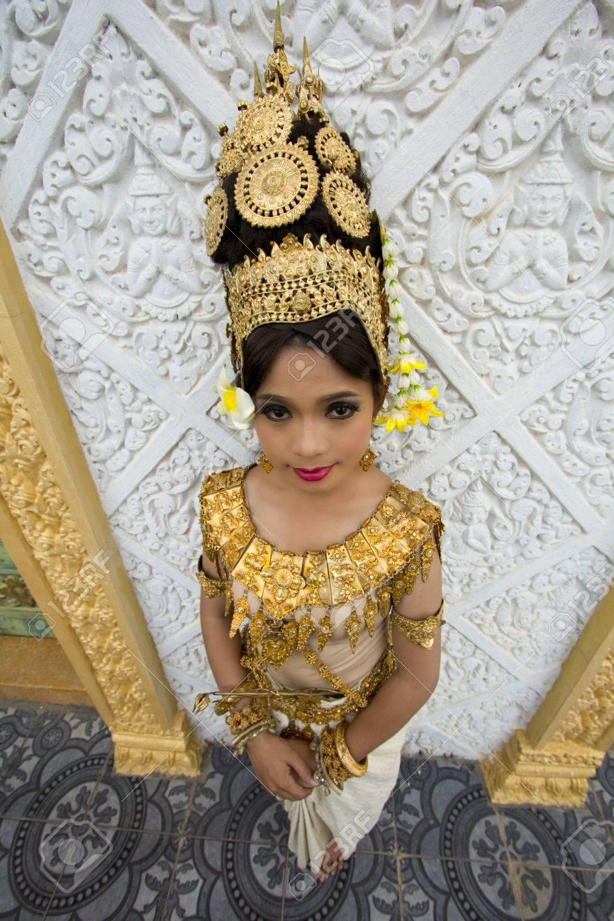 Apsara Dancer beautiful supernatural female in asian mythology - 24053399