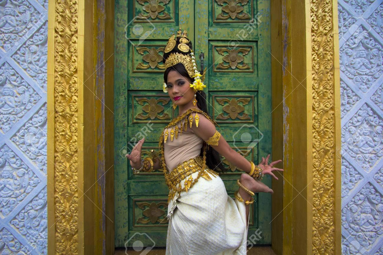 Apsara Dancer beautiful supernatural female in asian mythology - 23858367