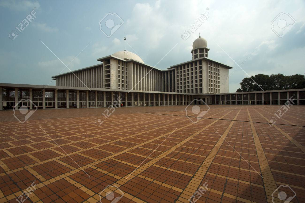 istiqlal mosque, jakarta, indonesia. Forth biggest in the world - 23486037