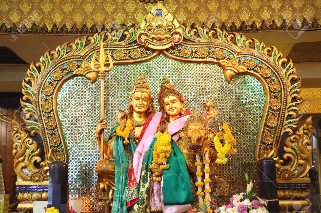 shiva family with Pra umatewee and Ganesh  Stock Photo - 12848840