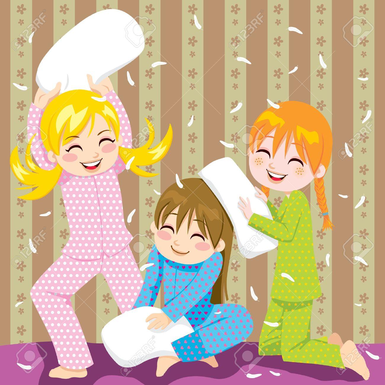 ec5584d14a Foto de archivo - Tres jóvenes que se divierten haciendo lucha de almohadas  en una fiesta de pijama