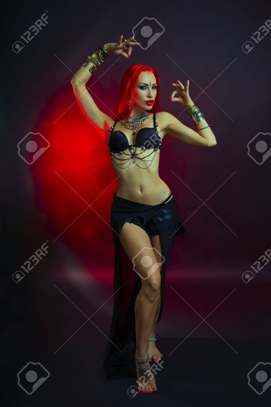 Hot redhead dance