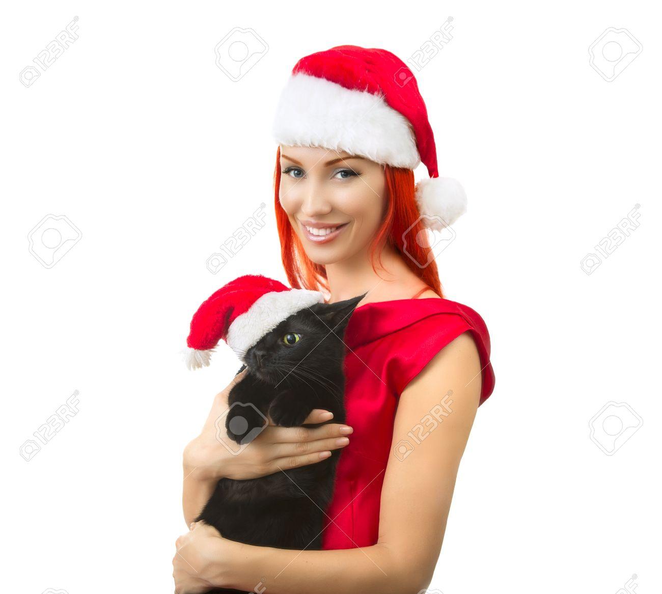 Hermosa Alegre Atractivo Sonriente Mujer De Rojo Sombrero De Papá Noel Con  Divertidos Negro Gato De Santa - El Gato Lindo De Navidad 5607da4eb96