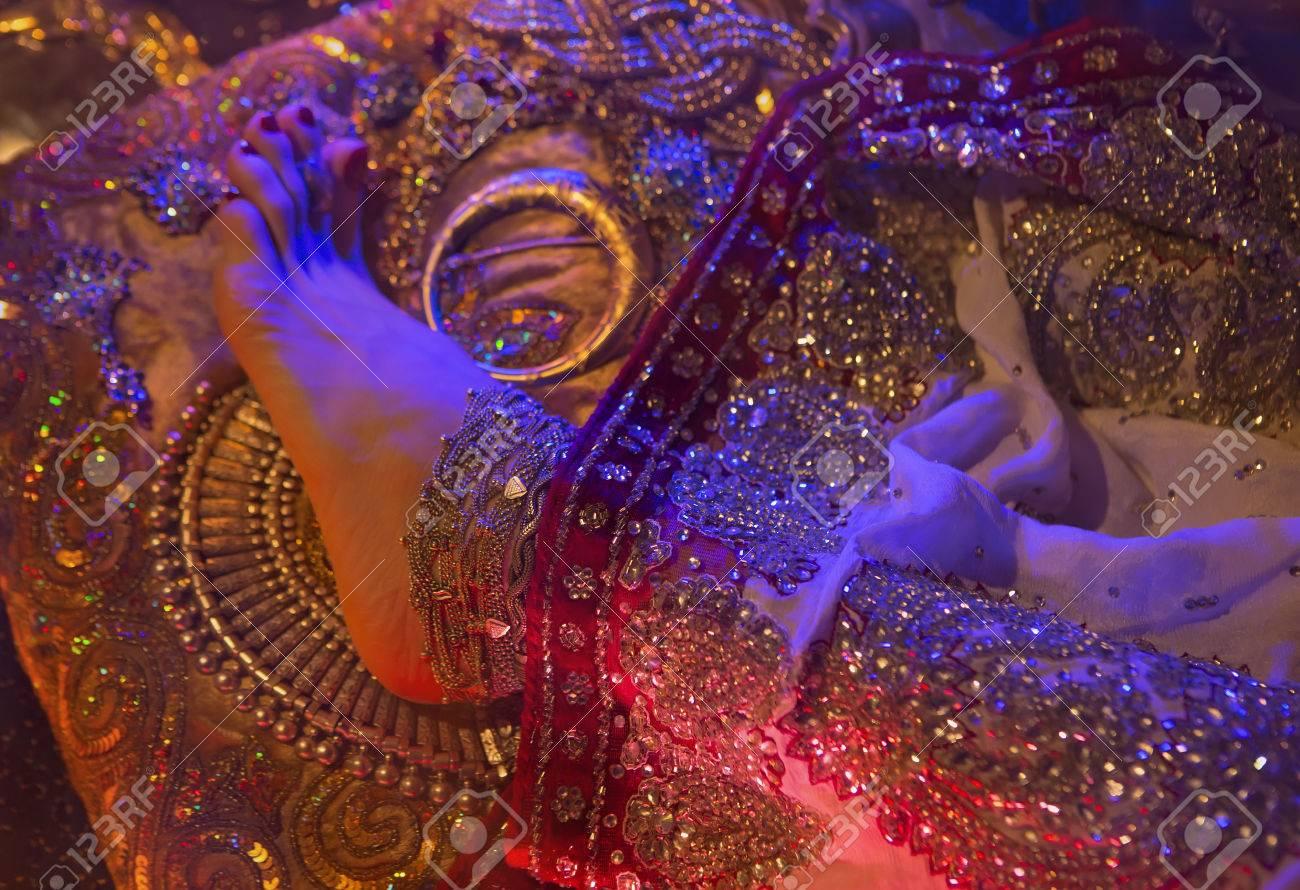Indische Hochzeit Vorbereitung. Luxus Oriental Mode-Accessoires ...