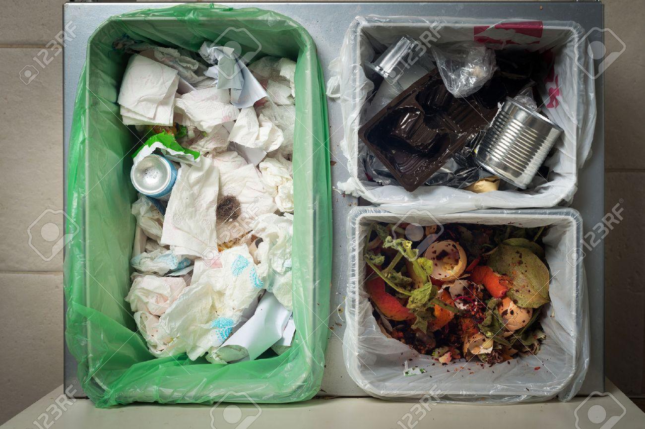 haushaltsabfalltrennung und recycling küche tonnen in der