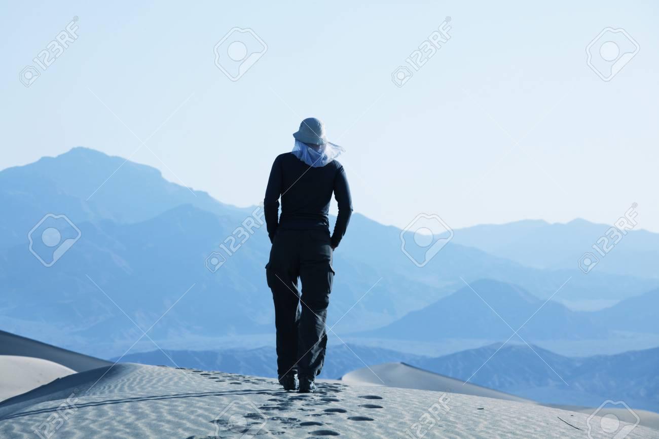 Hike in sand desert Stock Photo - 5045053