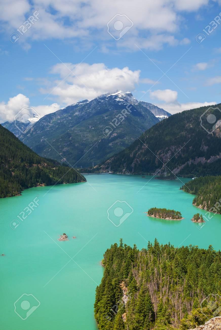 Diablo Lake,Washington Stock Photo - 16965975