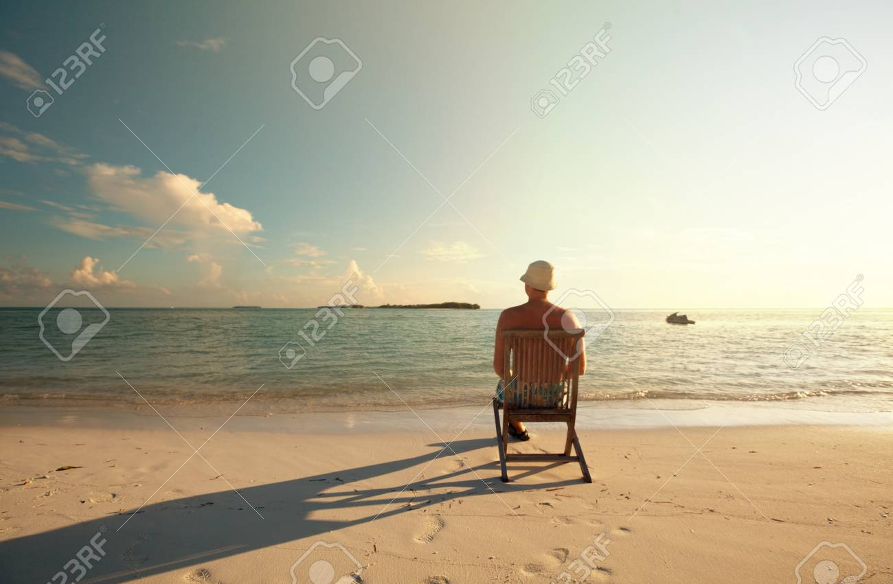 relaxing beach scene Stock Photo - 17054595