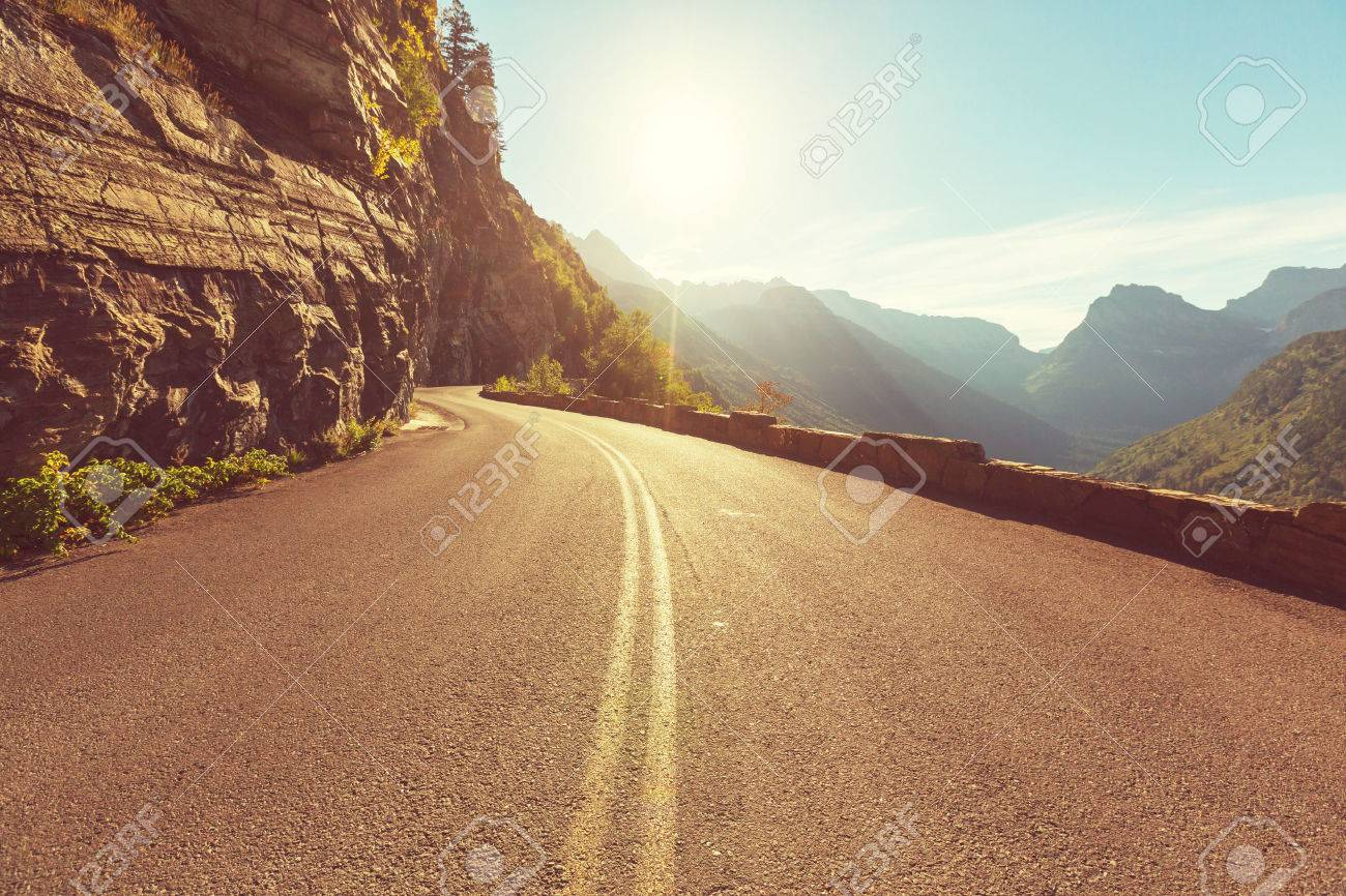 road in mountains Stock Photo - 40907344