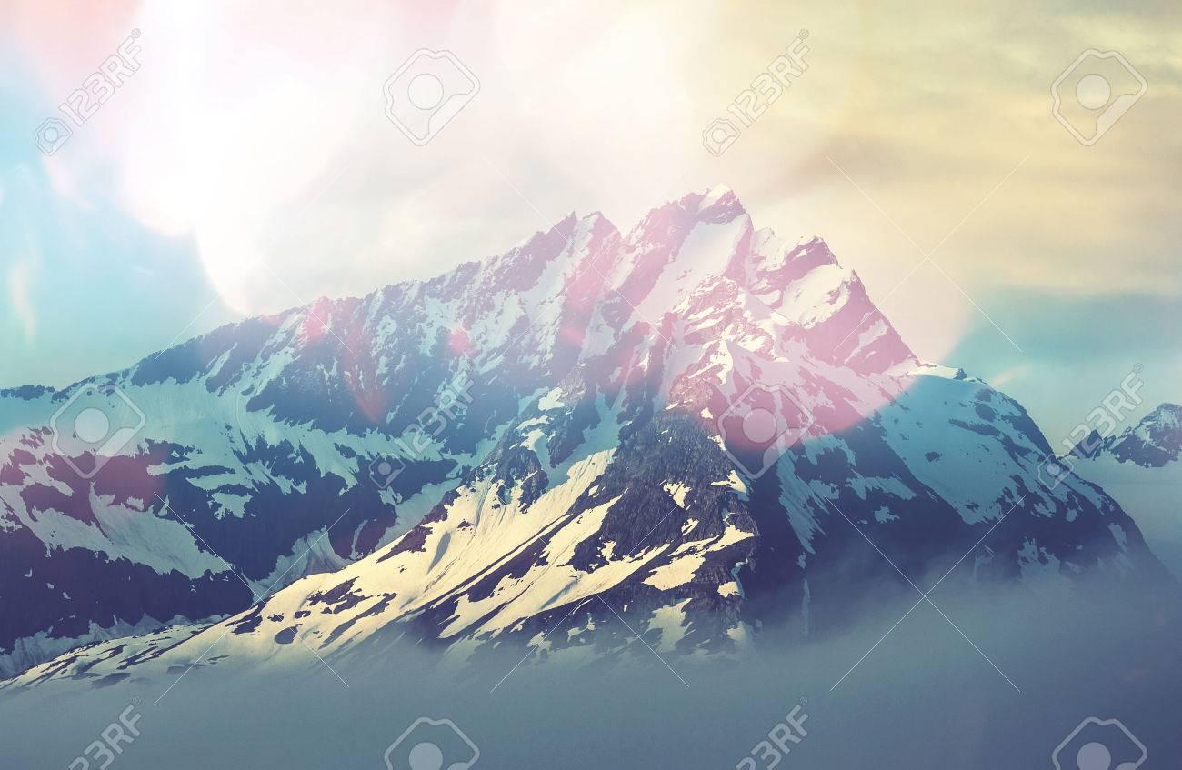 Mountain peak Stock Photo - 43878762