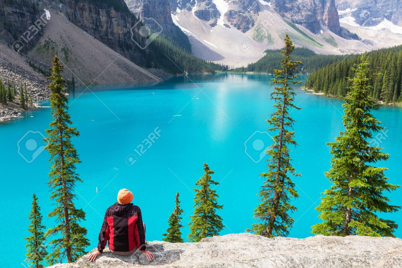 Beautiful Moraine lake in Banff National park, Canada Stock Photo - 44586379