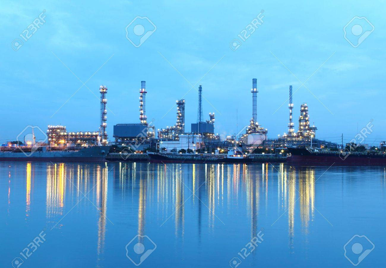 Refinery plant area at twilight in morning - 14812153