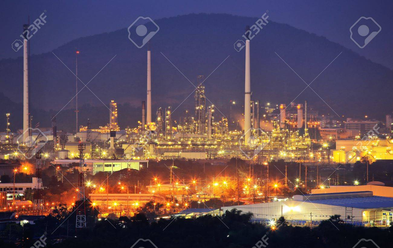 Oil Refinery factory at night - 18756224