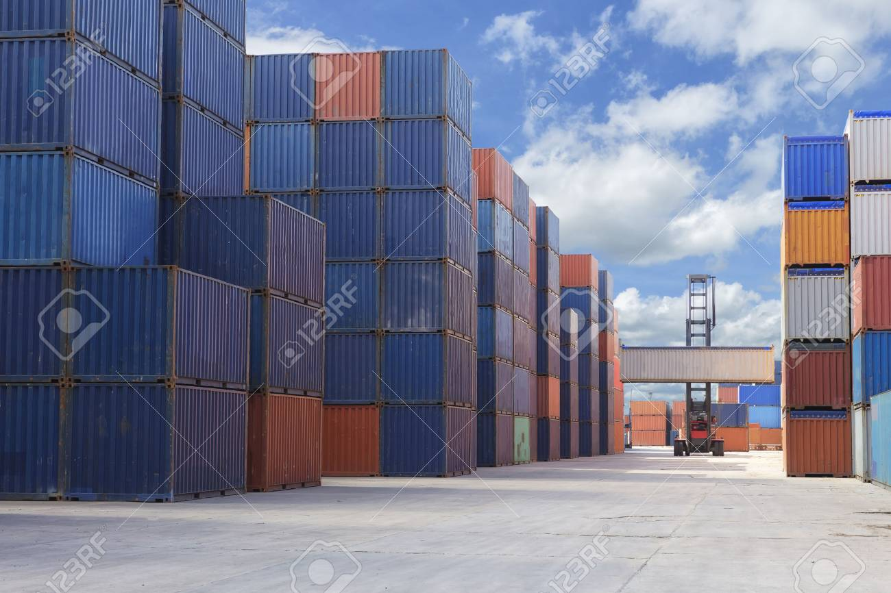 Containers box at yard for import export business - 62055980