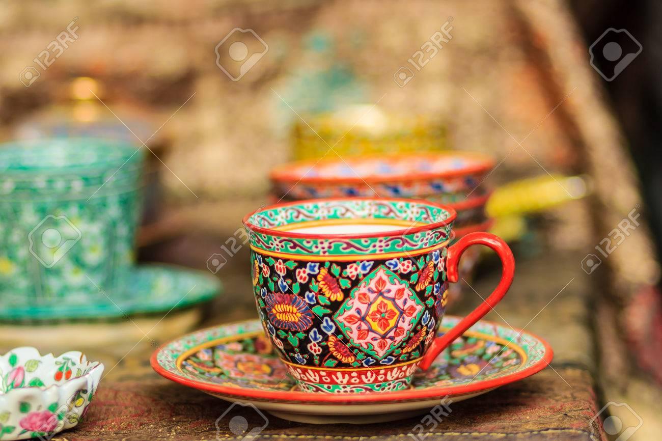 Tazza da caffè in porcellana stile vintage tailandese fatta a mano