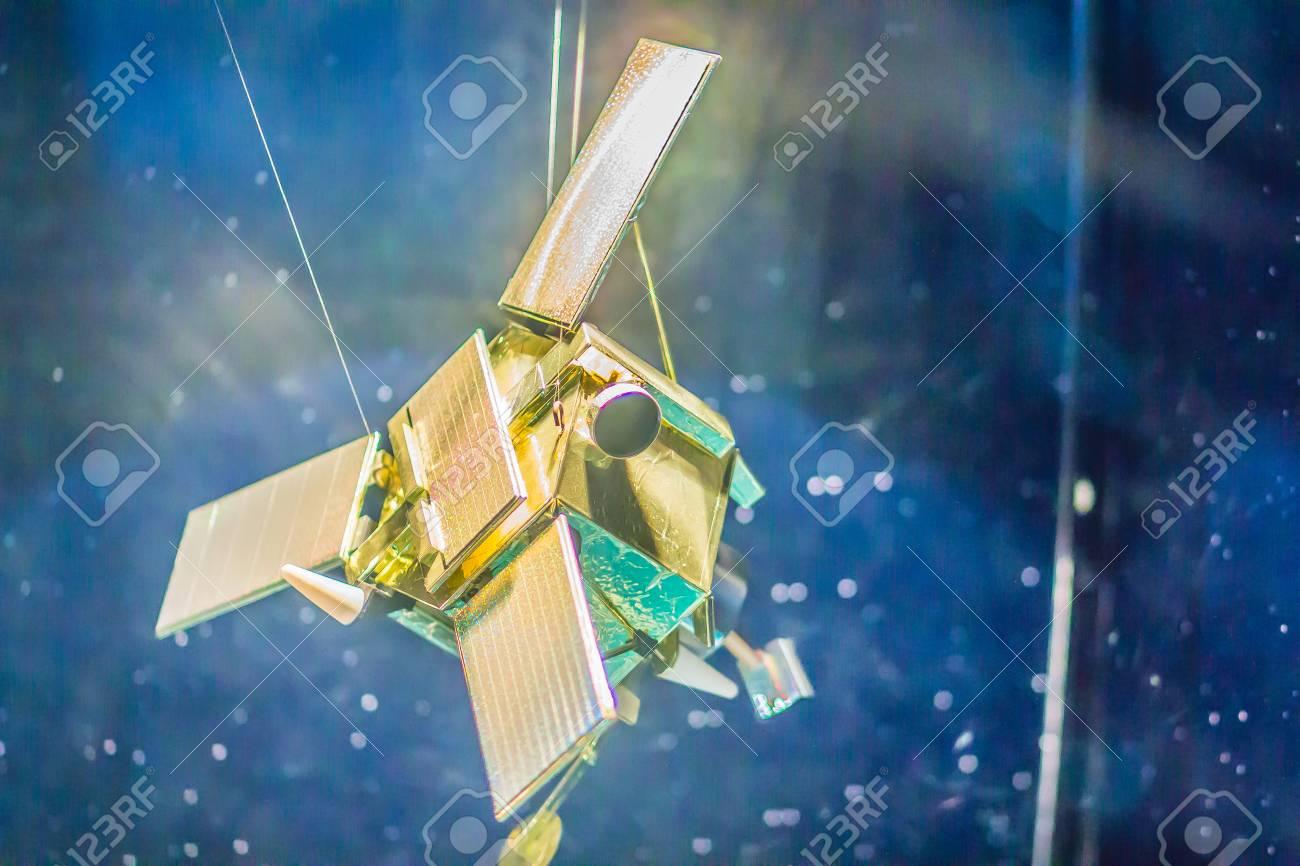 タイ・バンコク - 2017年11月4日:商業地球観測衛星IKONOSのモデルで ...