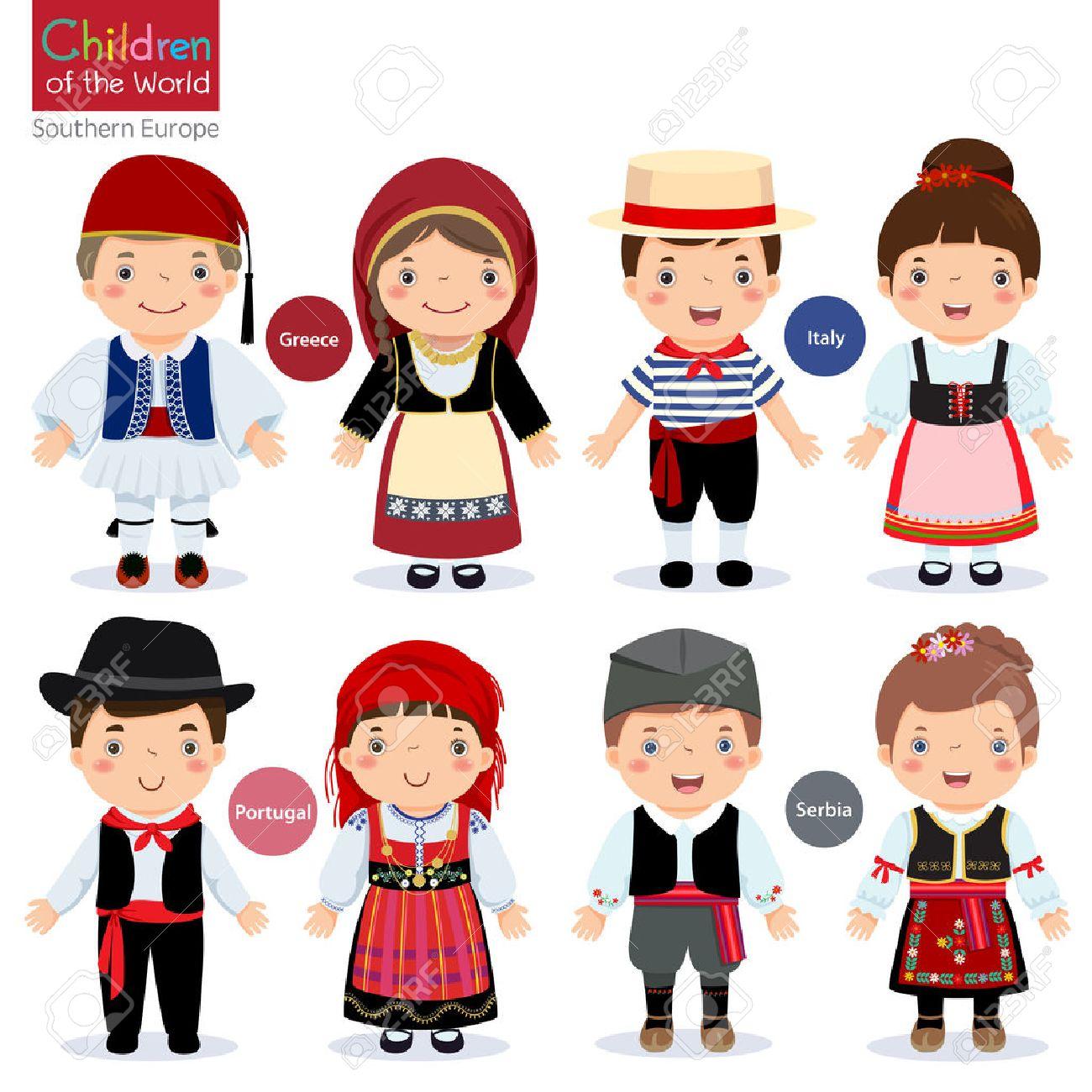Les enfants dans les différents costumes traditionnels (Grèce, Italie, Portugal, Serbie)