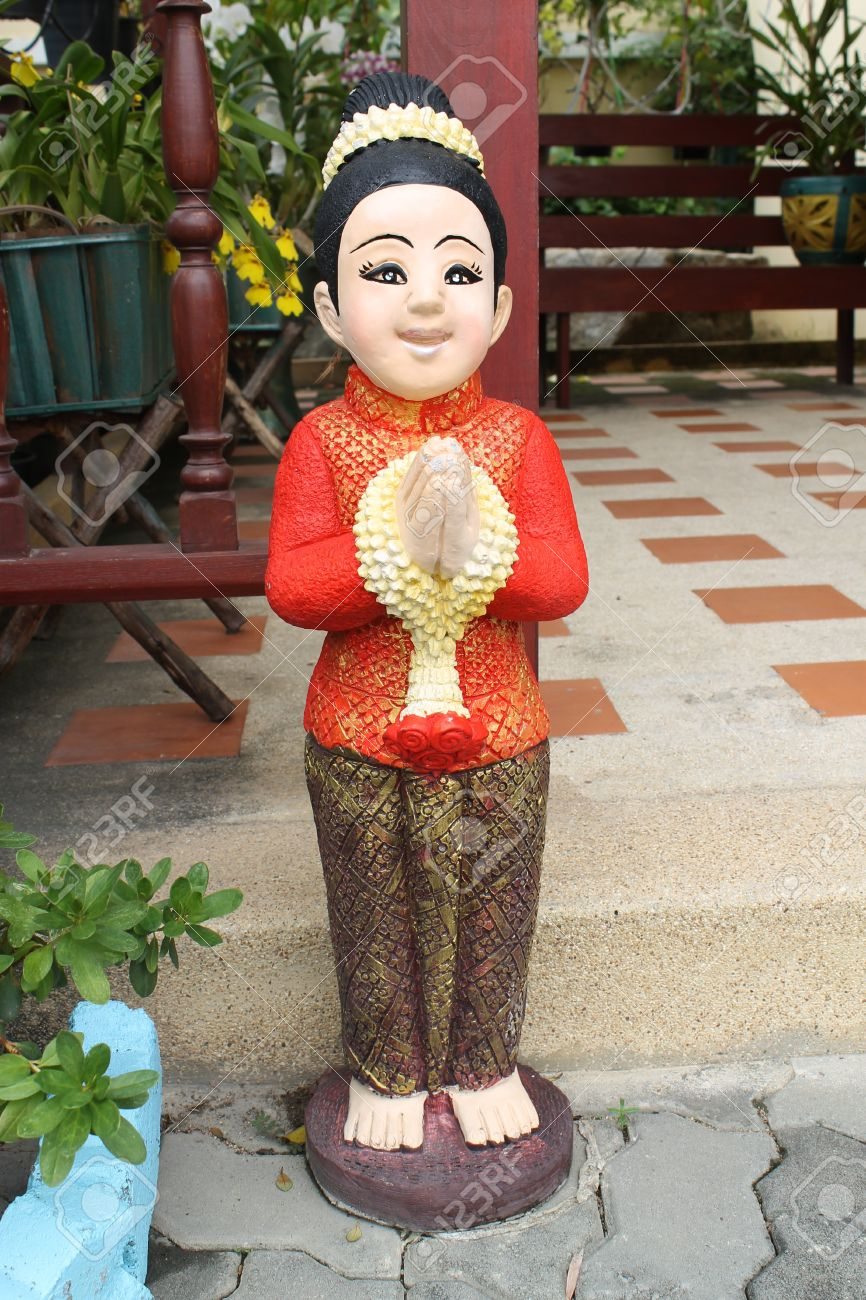 doll Thai traditional welcome Stock Photo - 12363053