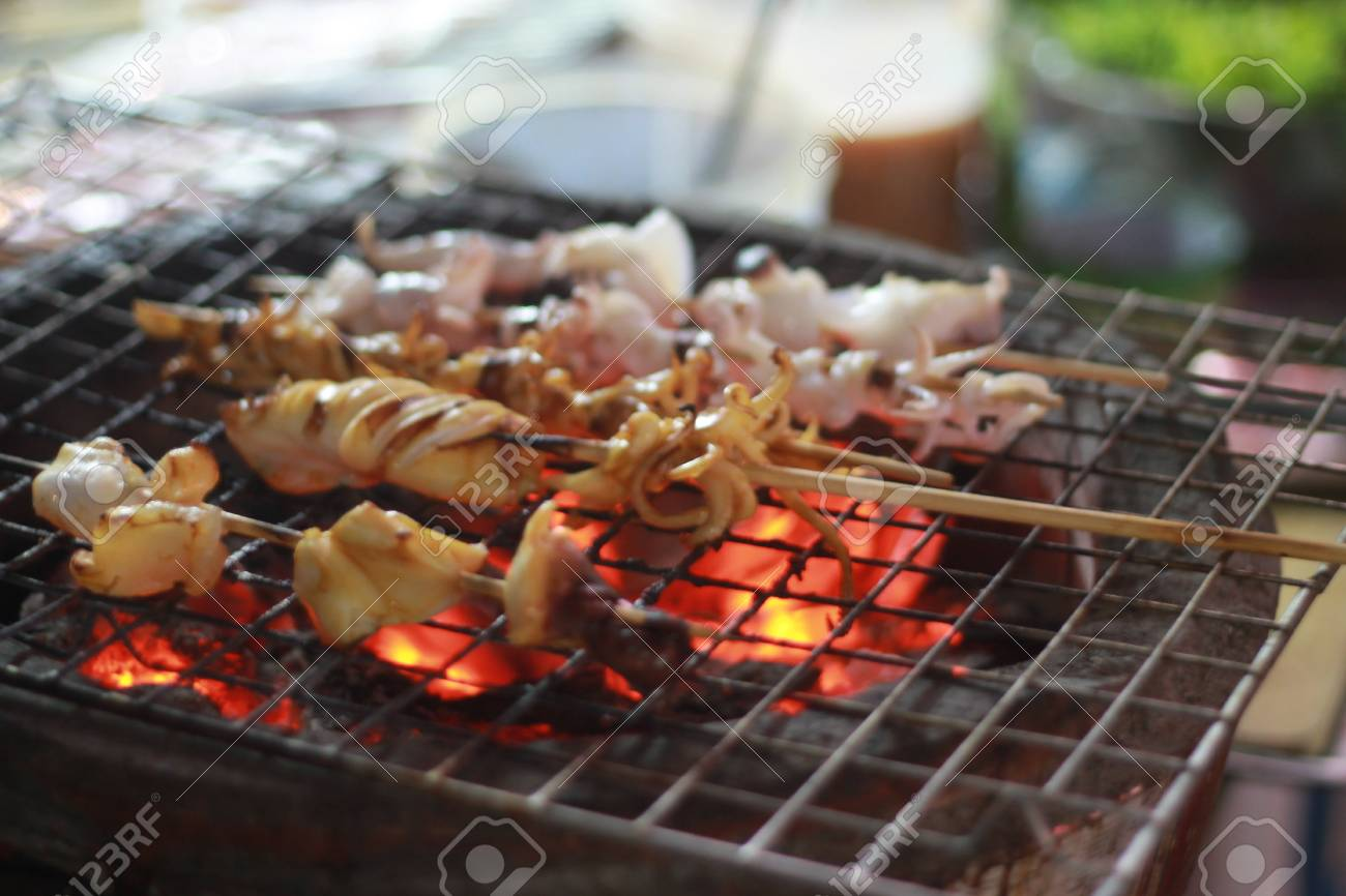 Grilled squid Stock Photo - 13758674
