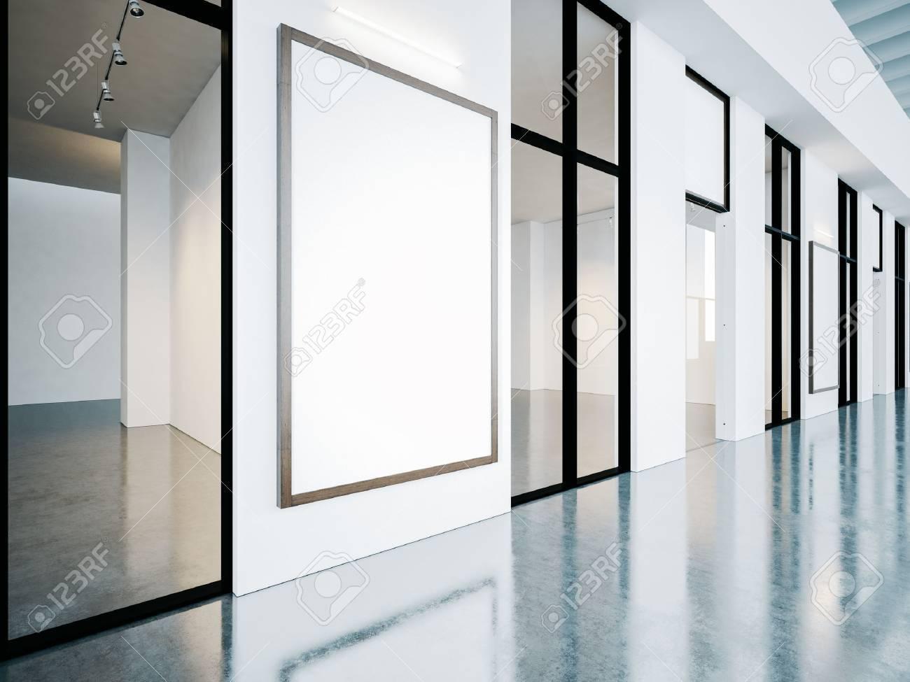 Habitaciones Vacías En Galería Contemporánea Con Marcos En Blanco ...