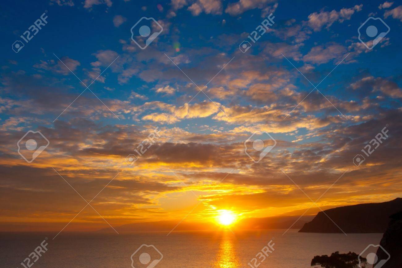 Sunset at the sea Stock Photo - 9135141