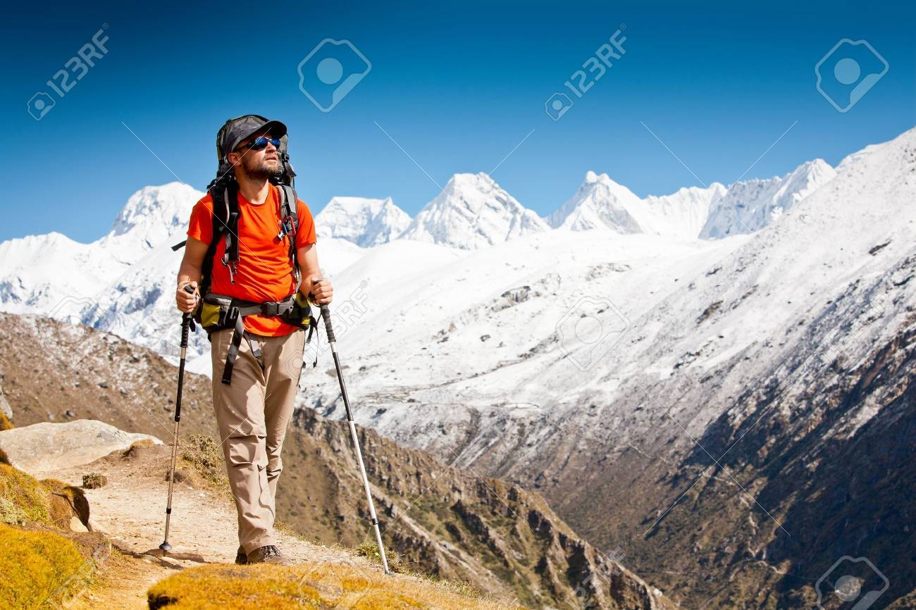 Hiking in Himalaya mountains Stock Photo - 13460151