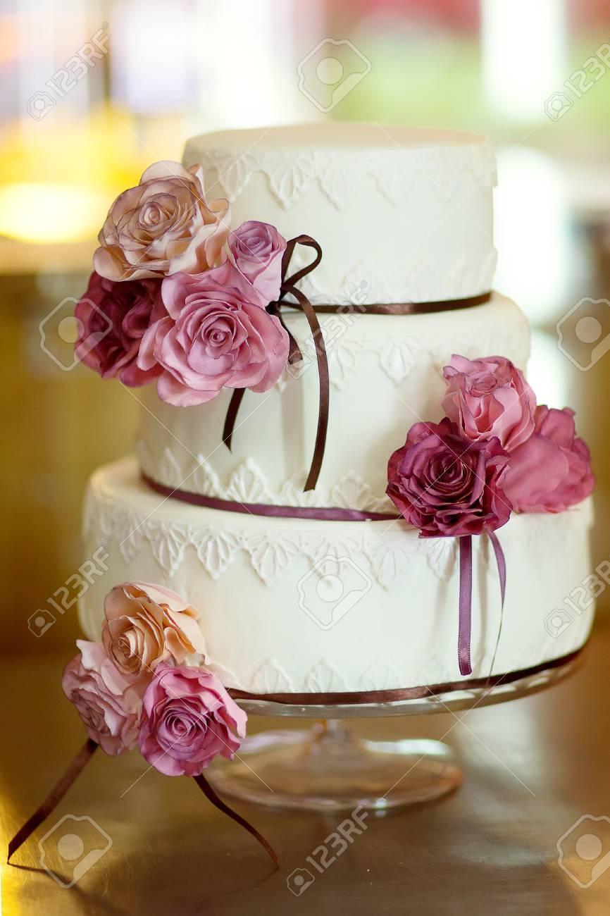 decorative wedding cake at wedding reception. - 29523992