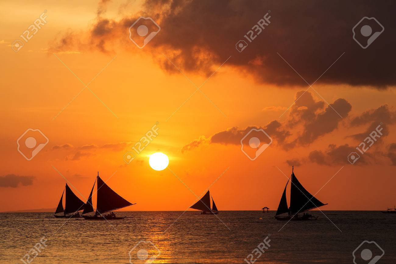 Beautiful sunset at Boracay, Philippines - 37816424