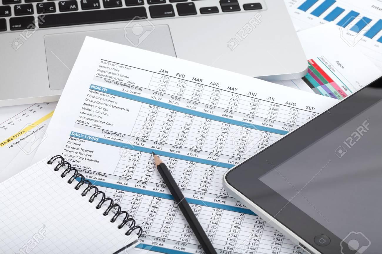 Forniture Per Ufficio : Documenti finanziari informatici e forniture per ufficio primo