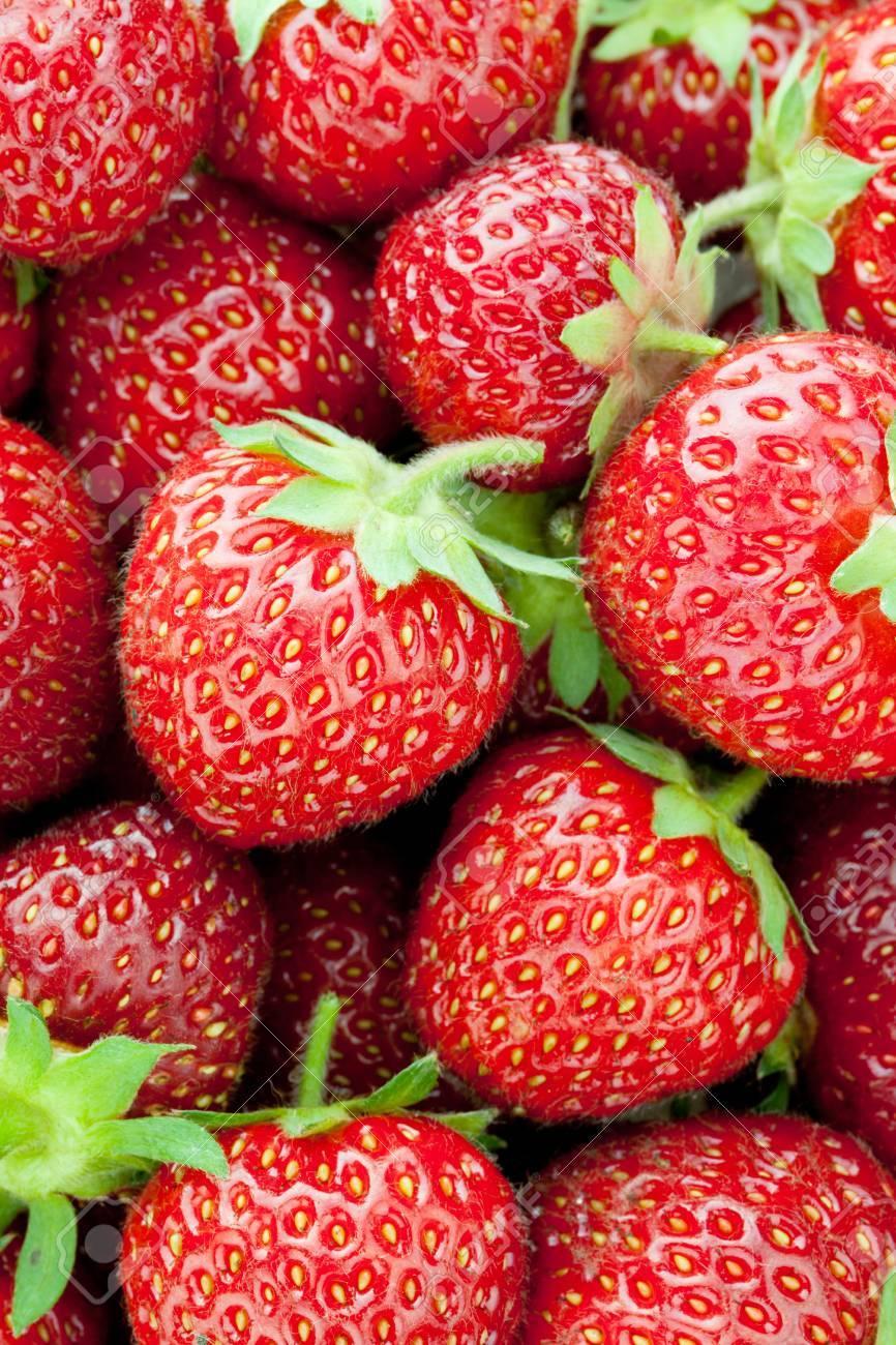新鮮な熟したイチゴ クローズ アップ壁紙 の写真素材 画像素材 Image