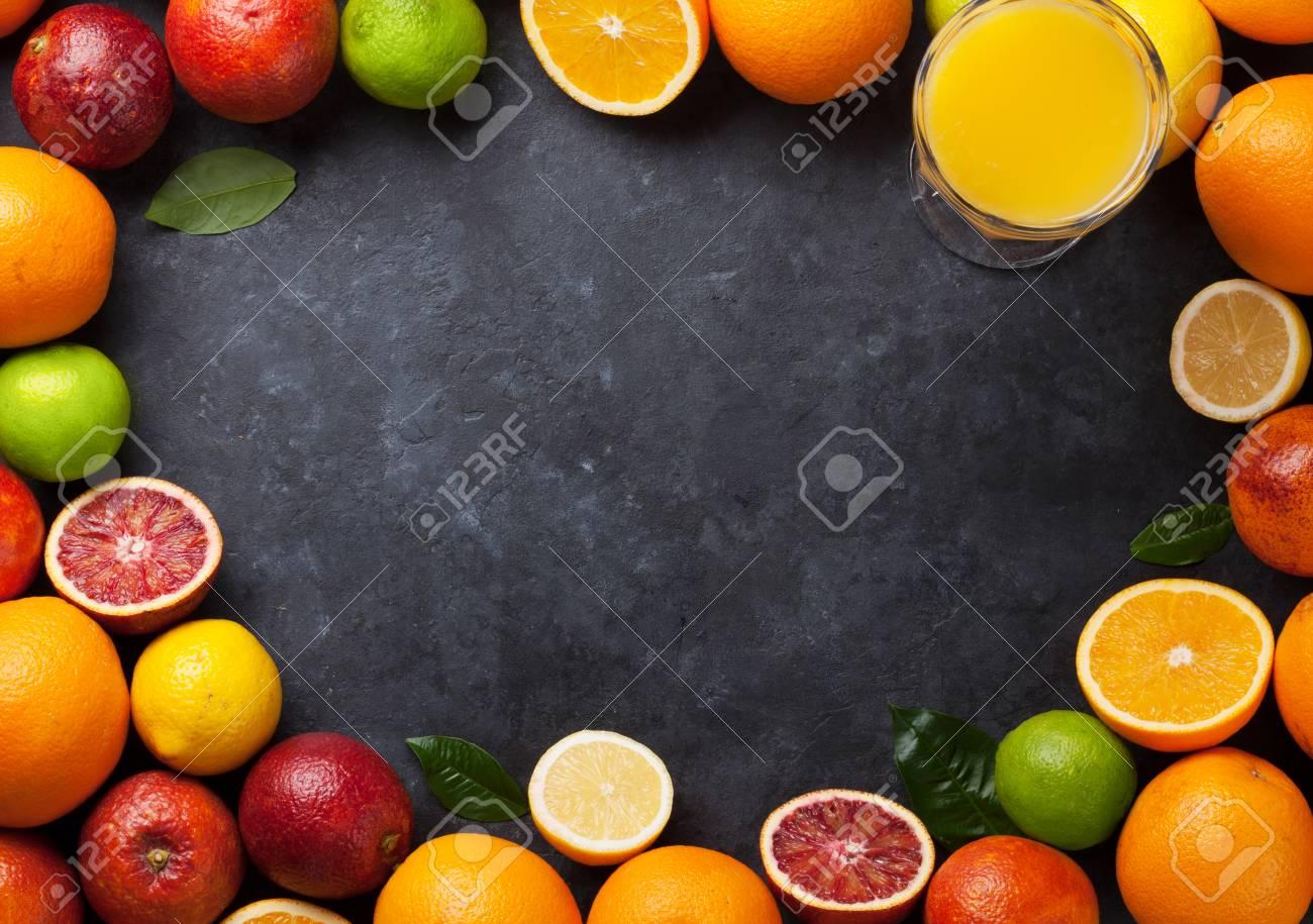 Fresca Marco De Cítricos Maduros. Limones, Limas Y Naranjas En El ...