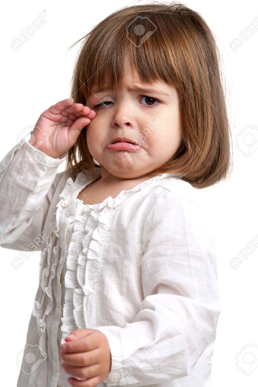 Фото плачущей маленькой девочки 3 фотография