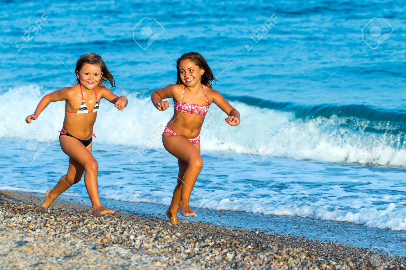 152Фото девок в купальниках крупным планом