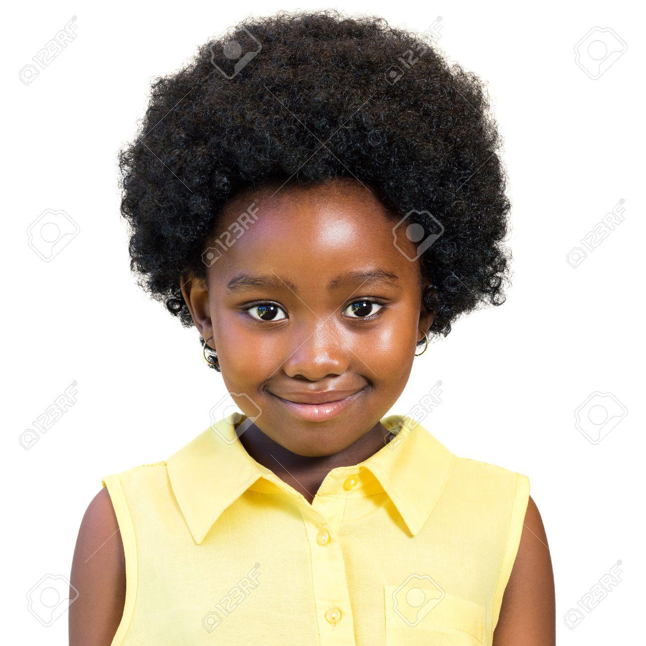 Close Up Portrait D Une Petite Fille Africaine Avec Coiffure Afro