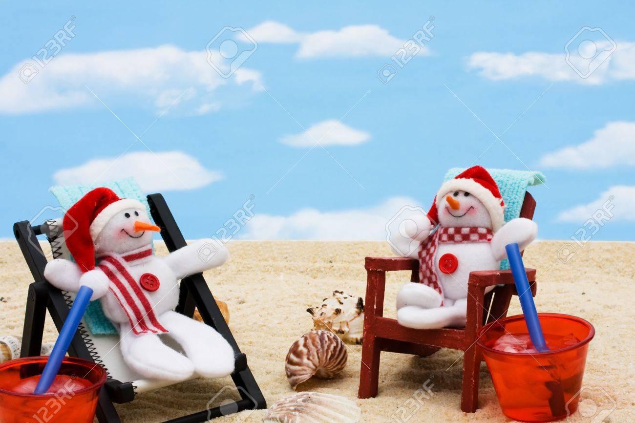 Une Longue Vos Vacances CielSe Sur Détendre Un Pendant De Chaise Fond D'hiver Neige Avec Bonhomme PkwXTulZiO