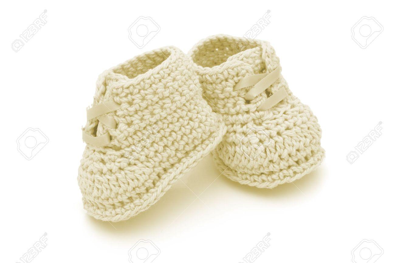 Amarillas Zapatitos De Bebé Ganchillo Aislado En Botines Blancos De ...