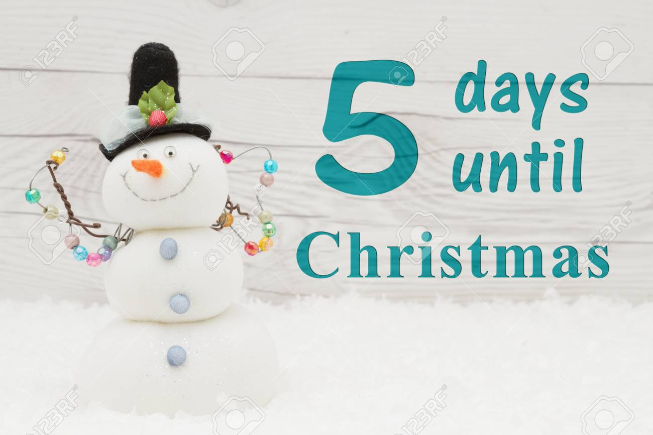 Days Until Christmas Countdown.Christmas Countdown Message Some Snow And A Snowman On Weathered